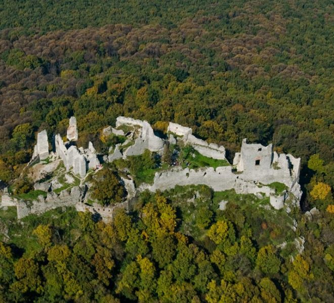 900-650-zrucanina-hradu-gymes-2-min