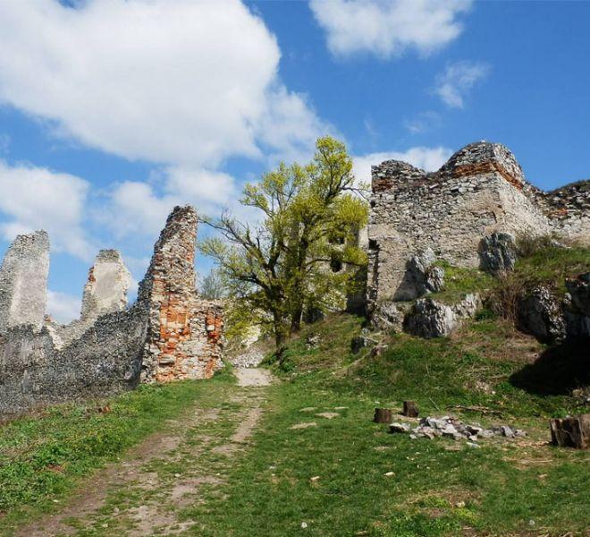 900-650-zrucanina-hradu-gymes-6-min
